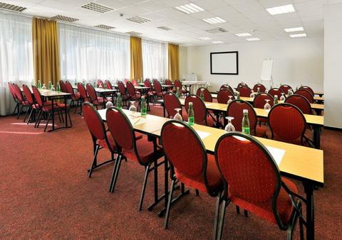 Hotel Premium konferencna miestnost Hotel s rodinnou atmosférou  –  Hotel Premium****
