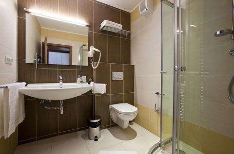 Hotel Viktor kupelna Nový hotel v Bratislave – Hotel Viktor***