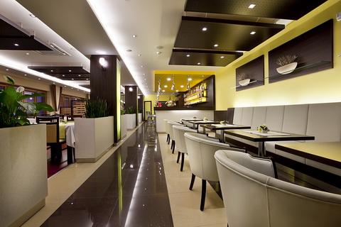 Hotel Viktor restauracia1 Nový hotel v Bratislave – Hotel Viktor***
