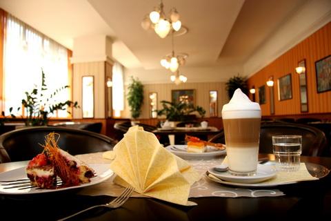 IMG 5411 Hotel Tatra v centre Bratislavy