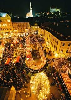 v4 Vianočné trhy v Bratislave